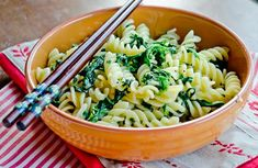 Quick & Healthy Pasta with Spinach