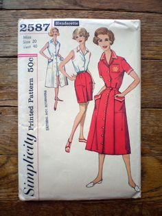 Vintage 60s Simplicity 2587 Playsuit -- I love the little contrast trimmings.  And pockets!  Genius.