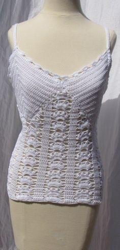 white #crochet top, love the shell stitch pattern!