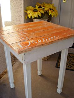 Pallet Table Endtable Nightstand Shabby Boho by kuntrytreasures, $125.00