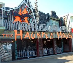 Operator Granville Trimper revamped his Ocean City, Maryland, Haunted House in 1988 by merging two 1960s Bill Tracy dark rides. (Courtesy of...