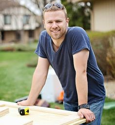 We love #BathCrashers + #BATHtastic! host #MattMuenster! Check out his 7 tips for #bathroom #renos!