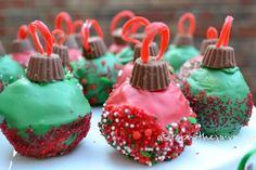 Looking to wow at your holiday cookie swap? Try making these amazing Ornament Cake Balls! #QVCHoliday