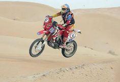 El Grupo Asegurador Alianza, se une al laureado motociclista nacional, Juan Carlos ´Chavo´ Salvatierra, para auspiciar y asegurar su participación en el Rally Dakar 2014, que en su sexta versión en el Continente Americano, pasará por Bolivia.