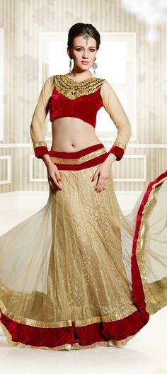 122705: Beige + Red = the new Bridal Wear