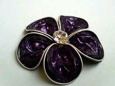 Five petal flower brooch large Swarosky and Nespresso // Broche flor de cinco pétalos grandes con Nespresso y Swarosky
