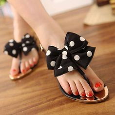 Cute flat sandals with white polka dot bow
