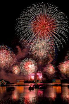 Magic Kingdom - Celebrate America