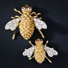 Pair of Diamond Bees - 50-1-4126 - Lang Antiques