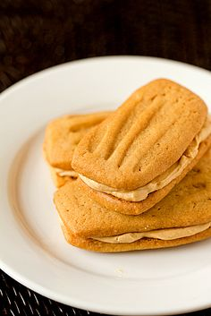 peanut butter cookie sandwiches