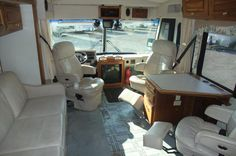 Motorhome - BEFORE - The picture doesn't show it well but the desk was falling apart - ripped it out and put in a table.