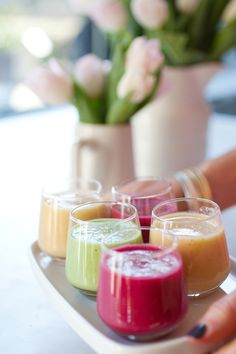 serve mini servings of smoothies at your next breakfast/brunch event