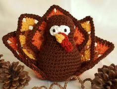 Free Thanksgiving turkey crochet pattern