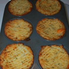 Just mash potatoes plain with butter or you can add yummy ingredients like cooked bacon, cheese, parsley, green onion etc. Stuff in to a greased muffin tin, run a fork along the top and brush with melted butter or olive oil. Bake at 375 degrees or until tops are crispy and golden.