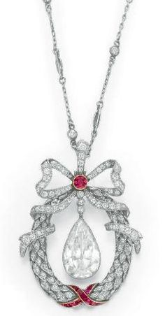 Necklace    1910