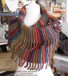 Western Cowl   Crochet Pattern  permission by SophieGelfiDesigns