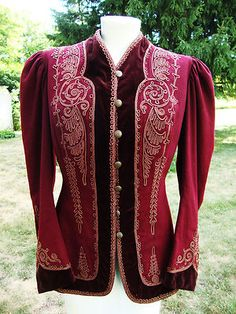 Someone once said that 95 percent of the vintage clothing out there in the world will break your heart (because it is too small, too unaffordable, beyond repair, etc.) This antique Edwardian wool jacket would be the one that leaves you at the altar and runs off with your maid of honor. My heart is broken into many little pieces at the site of it.
