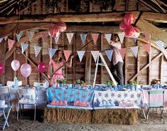 barnyard theme birthday parties, hay bales, summer parties, bridal shower ideas, barn parties, house parties, farm party, banner, bridal showers