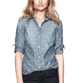 polka dots and denim...oh my! http://4.bp.blogspot.com/-2zE7gGrKqRI/UC2svF7C16I/AAAAAAAAFQ0/7Pc1qlqhgQs/s400/Gap-Polka-Dot-Denim-Shirt.jpg