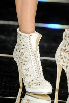 white bootie - love love love these