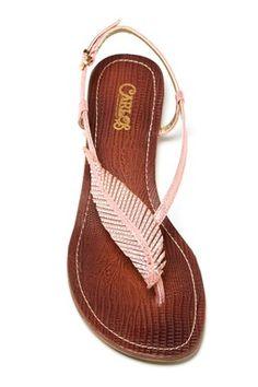 Feather sandals fashion, cloth, tandi sandal, feather sandals, beauti, carlos santana shoes, closet, feathers, carlo santana