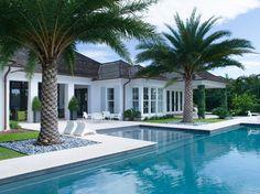 Beautiful pool!!
