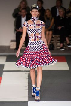 Alexander McQueen Spring 2014: Warriors Come Out and Play