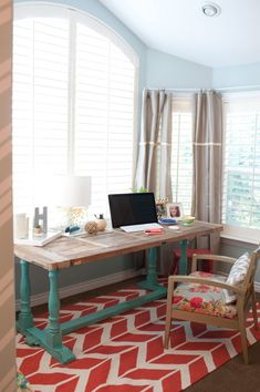 Great ideas for (fresh color) for nightstand tables, bench, office space (including a great table with blue legs and an equally great chair), wall art/photo displays...Light and bright bedroom decorating tips.