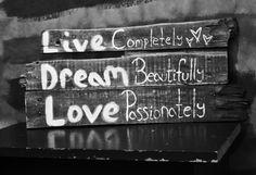 Photography + My Homemade Wall Decor. <3