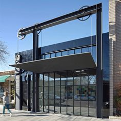 Tom Kundig hoists Ca