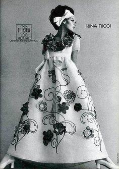 Nina Ricci, photo by Tom Kublin, L'Officiel, March 1968