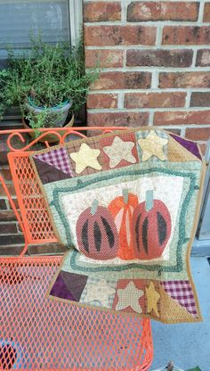 Harvest Pumpkins wall hanging by 4theluvofprimitives on Etsy, $48.00