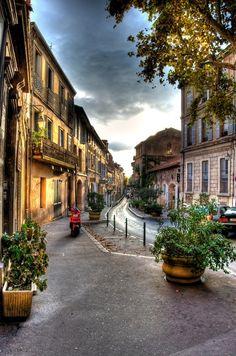 [AIX EN PROVENCE]     Street in Aix-en-Provence / Rue à Aix en Provence