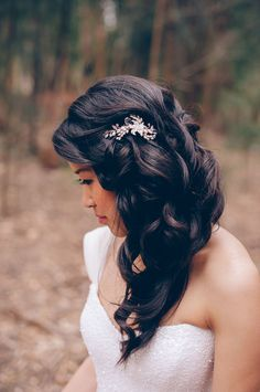 Beautiful simple hairstyle for a bride // Featured in 'Pretty as a Picture Pastel Wedding' Photographed by The Simple Things Studio #hair