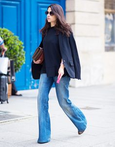 Simple chic, slight flare. Denim street style
