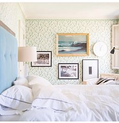 refined casual / light / cozy // #blue #wallpaper #bedroom