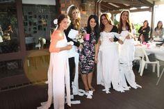 Games: Toilet paper wedding dresses Bridesmaids / kitchen tea / bridal shower / decor / decorations / teapot cake