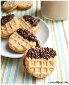 Cake Whiz | How to make acorn cookies
