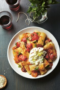 Pasta with Heirloom Tomatoes, Burrata, and Basil