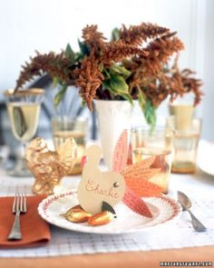 See the Turkey Trivia Place Card in our Thanksgiving Tables gallery