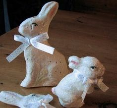 DIY paper mâché bunnies from candy molds.
