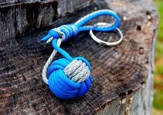 How to Make a Paracord Monkey Fist.  this is to knock out squires that may sneak up on yea