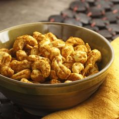 These curried cashews are impossibly addictive—they'll disappear in a flash. http://blog.preventcancer.org/2013/healthy-recipe-curried-cashews/