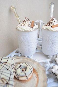 yum // love this idea for winter weddings!