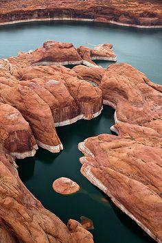 Gleb Tarro - Lake Powell on the Colorado River