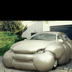 oh goodness.... thats an obese car.... ha