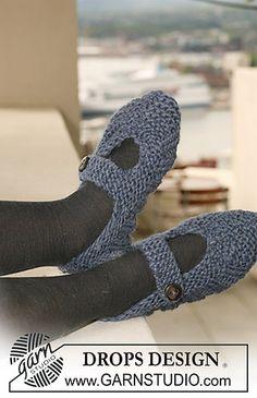 Free Crochet Pattern DROPS Crochet Slippers in Eskimo
