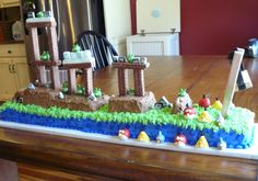 Angry Birds Birthday cake  LOL, he would love this!