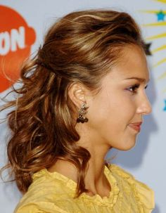 Jessica Albas shoulder length half up half down hairstyle