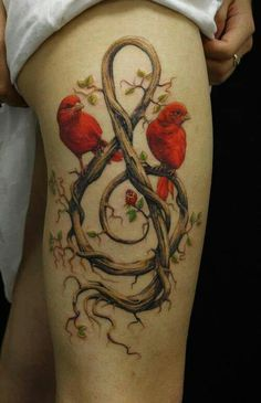 I want this thigh tattoo!!!